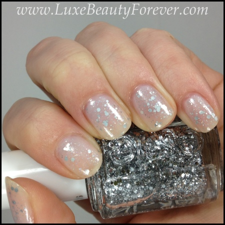 A Snowy Shimmering Layered Holiday Mani